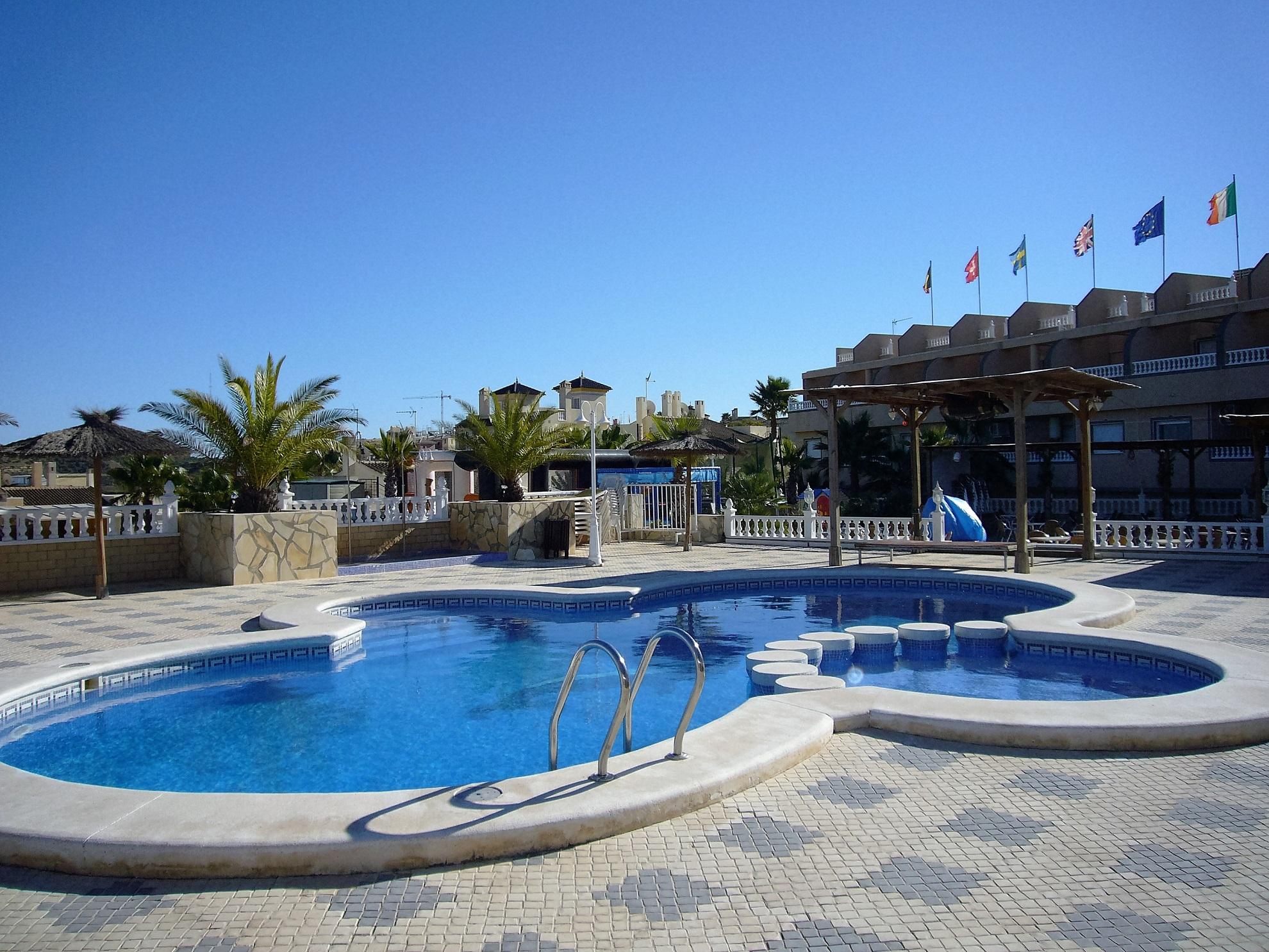 PROYECTO DE INSTALACIONES Y LEGALIZACIÓN PARA HOTEL COSTA BLANCA RESORT ROJALES (ALICANTE)