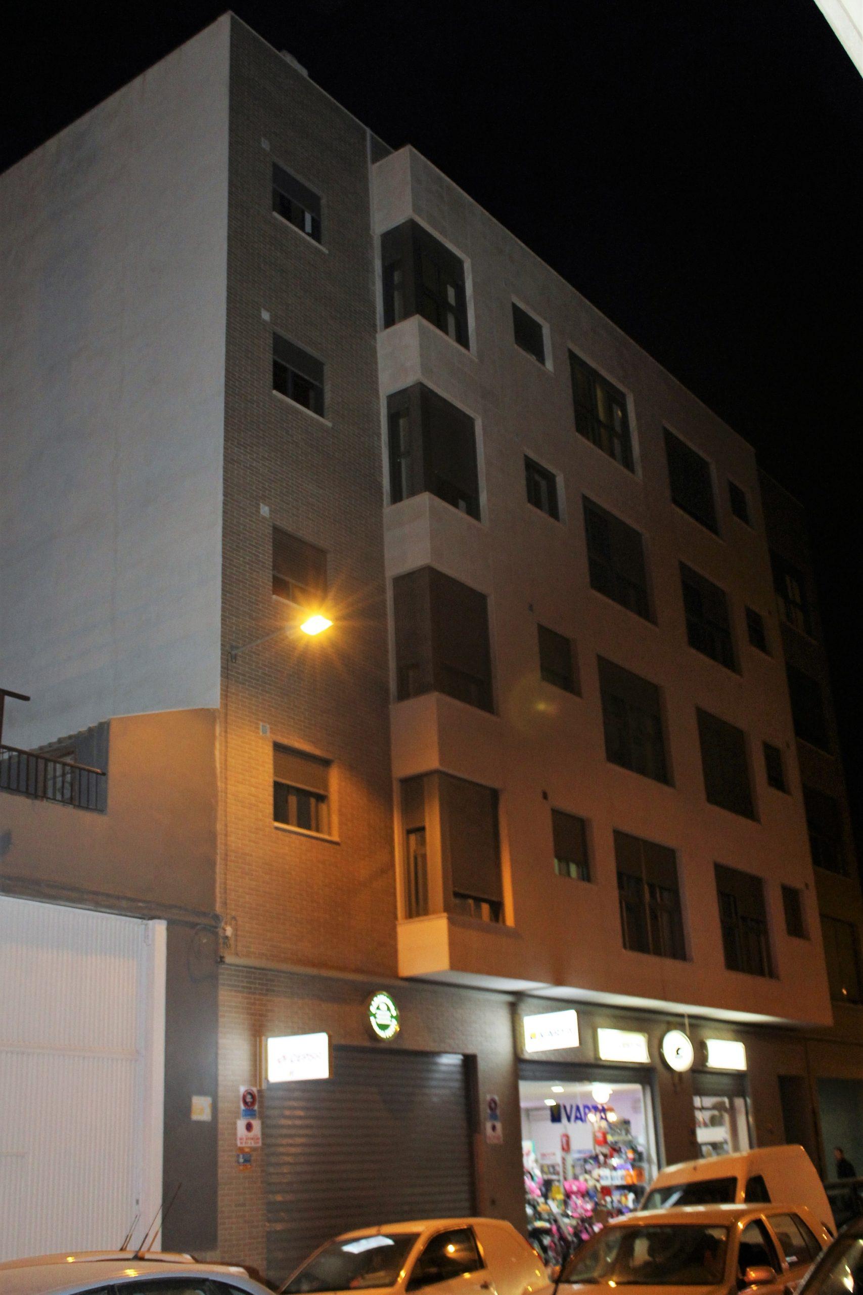 Proyecto de Instalaciones Edificio Viviendas en calle Capitán Alfonso Vives nº 100, de Elche
